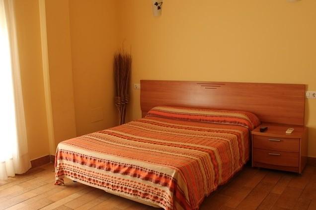 Alojamiento hotel nueva tabarca - Hostal tabarca benidorm ...