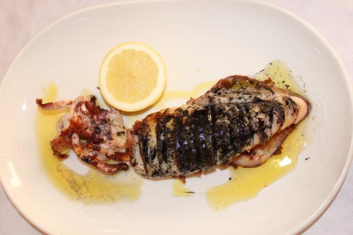 calamar bahía plancha restaurante don jerónimo tabarca